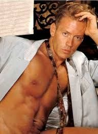 As foreigners think Italians are (Rocco Siffredi)