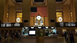 The Compleat Traveller: NYC Day 18: In Which I Give Macy's Annual July 4 F...