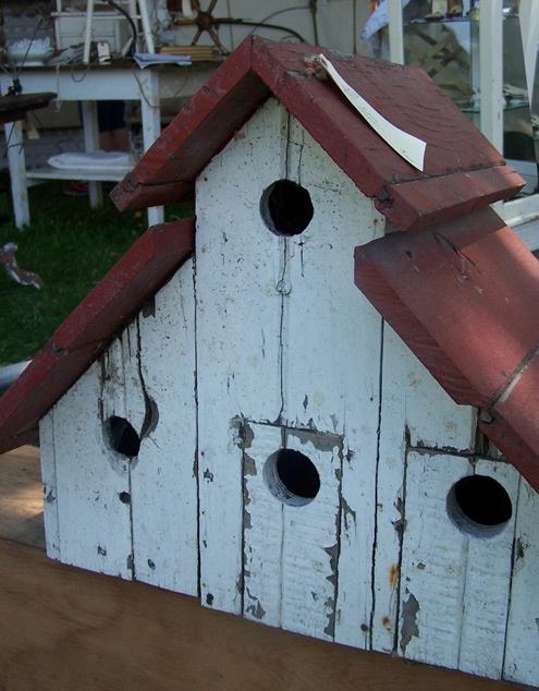 Vintage Bird House 108
