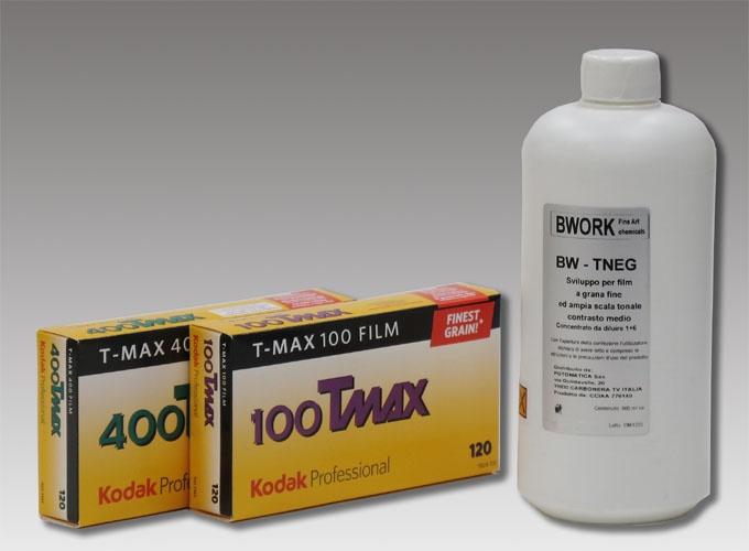 Kit - Pellicola Kodak Tmax 120 + Bwork BW-T-Neg 600cc #pellicole #fotografia #darkroom   info@fotomatica.it  www.fotomatica.it