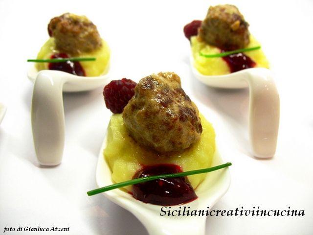 Polpettine svedesi con purè di patate e sciroppo di lamponi per #unlamponelcuore