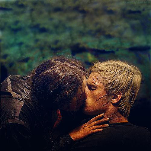 Katniss and Peeta!!