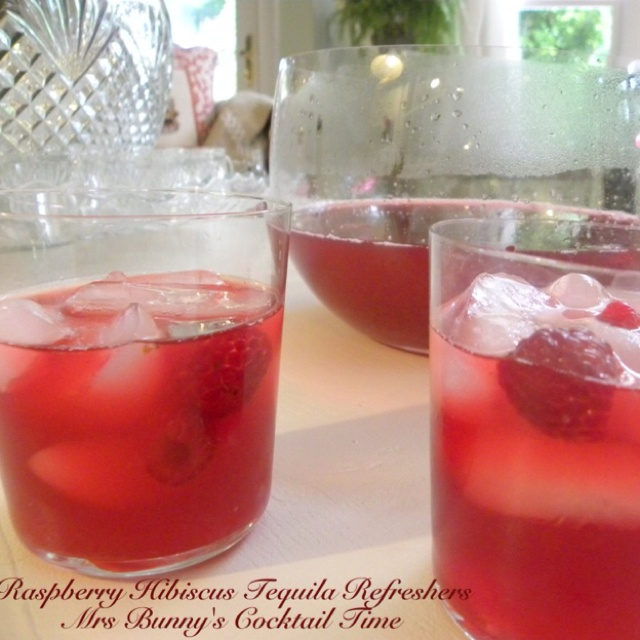RASPBERRY HIBISCUS TEQUILA COCKTAILS: In a large saucepan, bring 8 ...