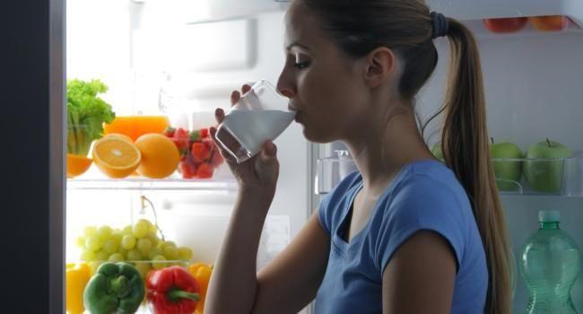 Invista nos alimentos ricos em cálcio para a melhora da osteoporose title=