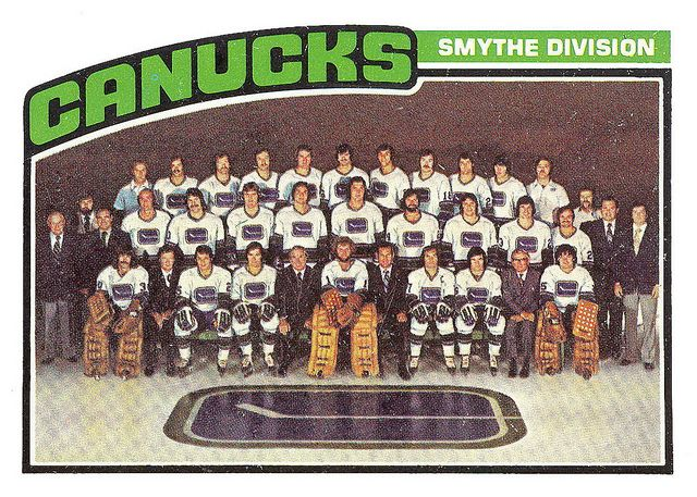 1975-76 Vancouver Canucks Team Photo.