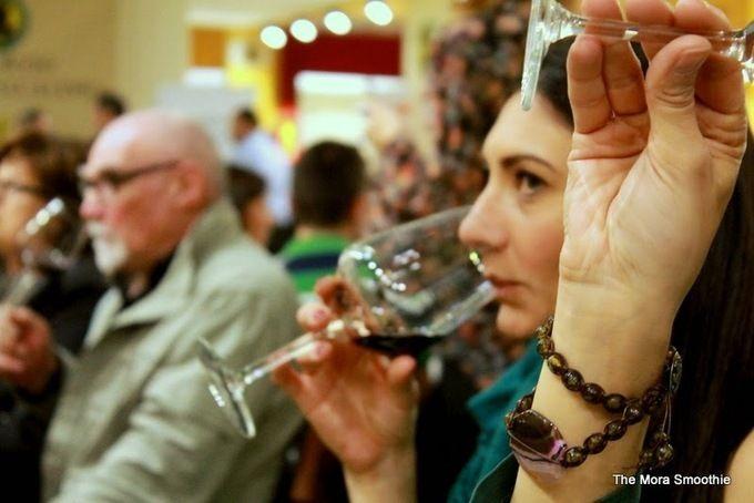 Valcalepio Blogger Tasting! At Vinitaly 2014 www.themorasmoothie.com