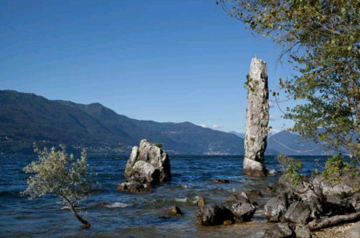 Sas Galet. Sasso Galletto. Castelveccana. Lago Maggiore.