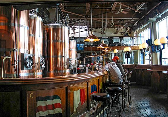 The #Chelsea Brewing Company on Pier 59 #NYC http://www.nyhabitat.com/blog/2013/07/15/live-like-local-chelsea-manhattan/