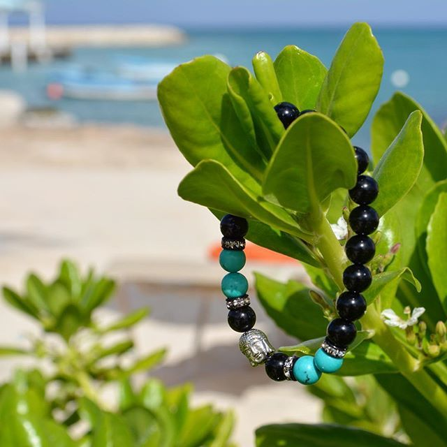 Never let your fears decide your fate.  The conquer fear bracelet.