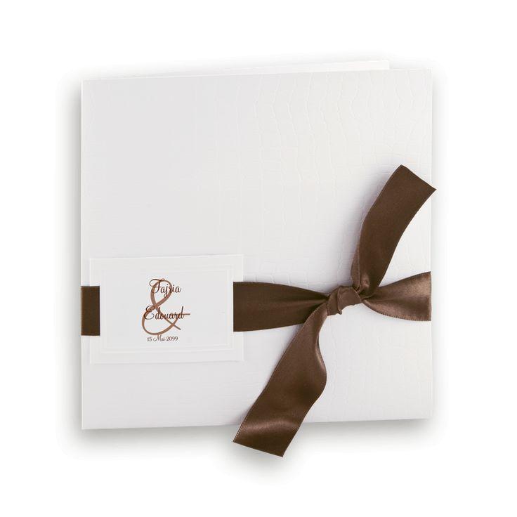 Faire part mariage ou bar mitsva  Pochette blanche style croco & satin chocolat #mariage #automne