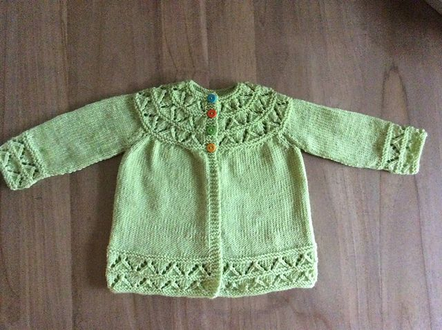 Knitting Patterns Baby Pinterest : 17 Best images about For baby on Pinterest Knit baby sweaters, Knitted baby...