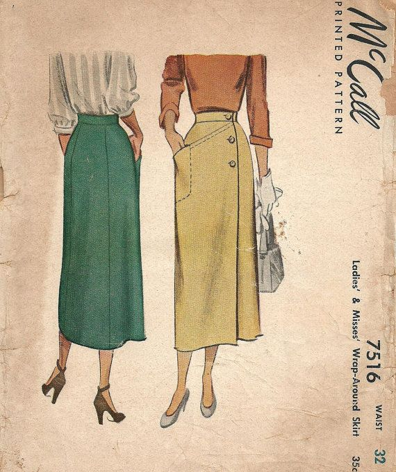 Sold || McCall 7516 / Vintage 40s Sewing Pattern / Wrap by studioGpatterns