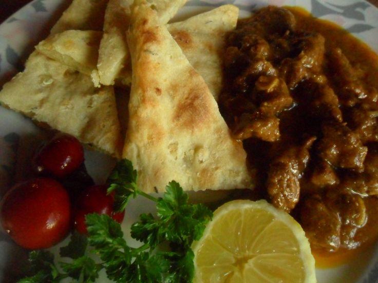 Bárány curry burgonyás pitával