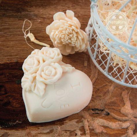 Esküvői köszönetajándék - Rózsás szív szappan organza tasakban