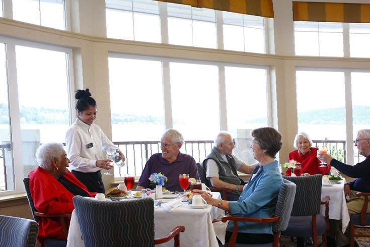 Your loved ones deserve the best care during their retirement and later years. Dining options for the elderly are changing for the better, with healthier options and greater variety.