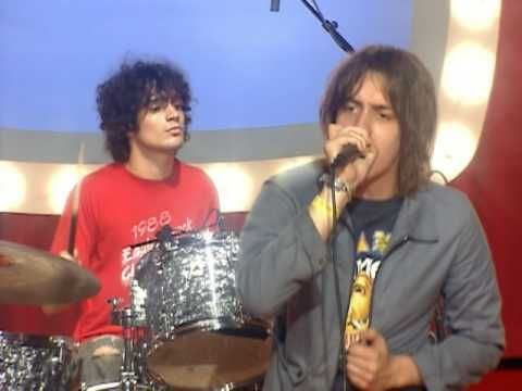 "The Strokes video...""Last Nite"" (Music)"