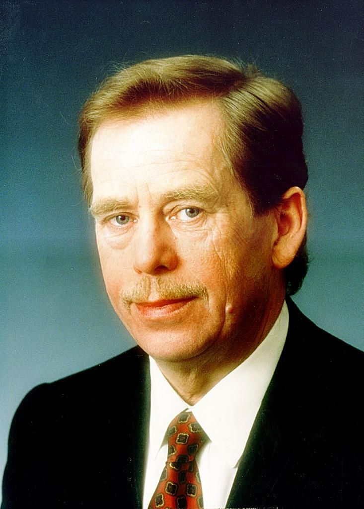 PRAGUE, July 17— President Vaclav Havel of Czechoslovakia told the nation today that he would resign on Monday rather than continue to preside over the likely breakup of the 73-year-old nation into separate Czech and Slovak republics.