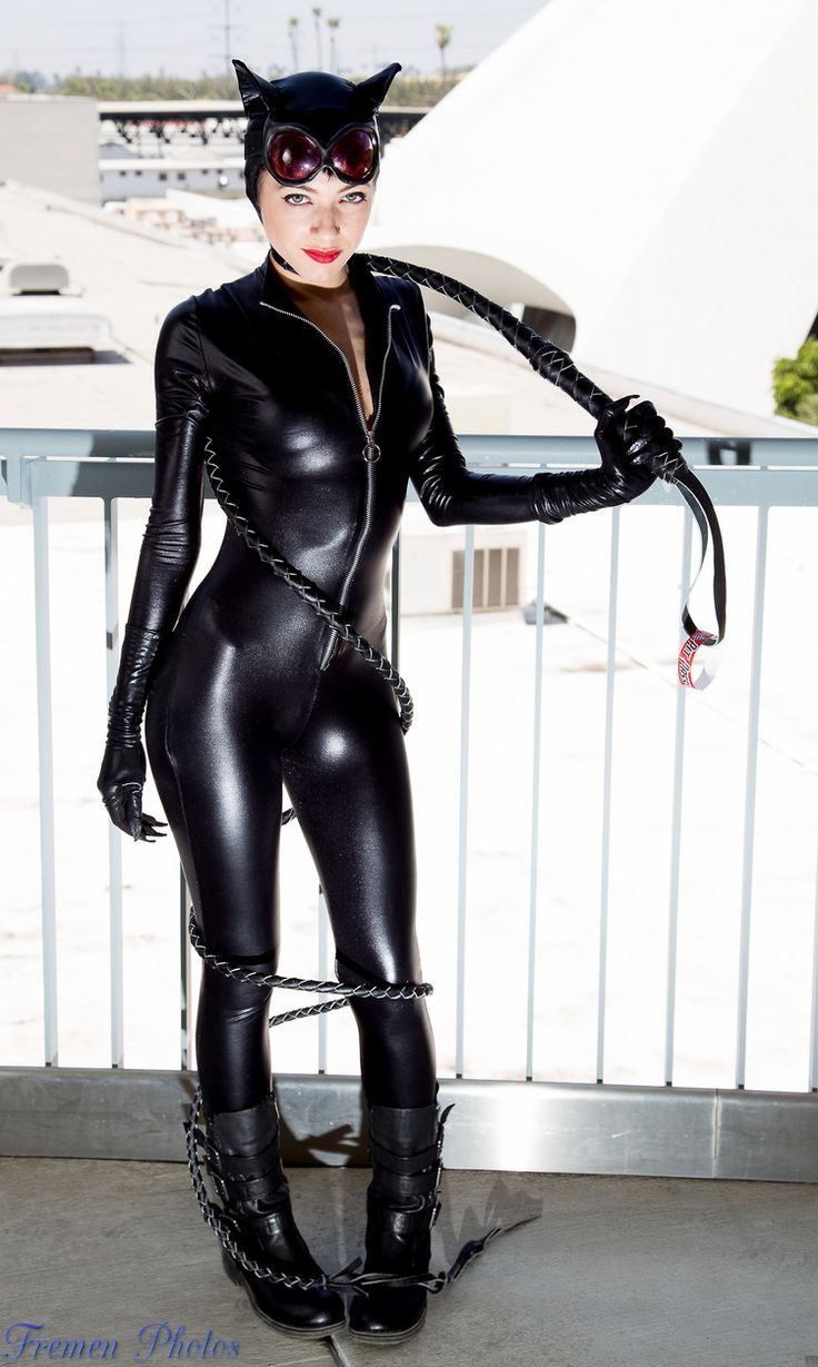 IamTheTigress  is Catwoman — Photos byFremen Photos