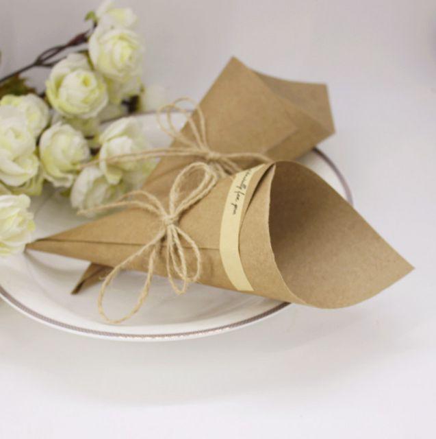 50 x Brun Faveurs De Mariage Fleur Porte des Cônes de Crème Glacée Style DIY Kraft Papier De Bonbons Boîtes De Table De Mariage Party Decor (pas de Fleurs)