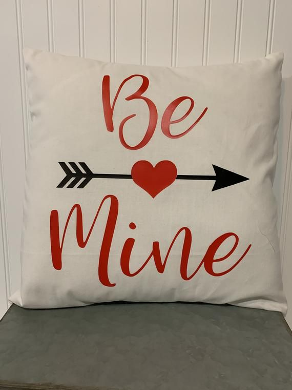 Be Mine Arrow On White Cotton Pillow 16 X 16 Etsy In 2021 Valentines Pillows Handmade Pillow Covers Pillows