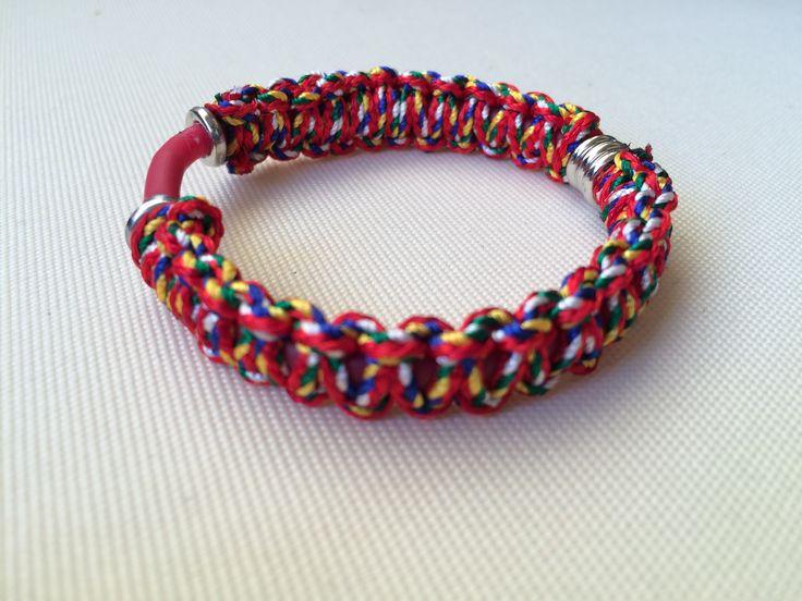 braccialetto micromacramè