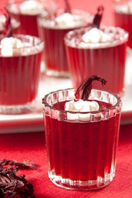 Prueba esta gelatina de jamaica con fresco y original sabor.