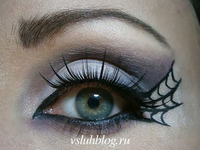 Vamp spider Halloween makeup