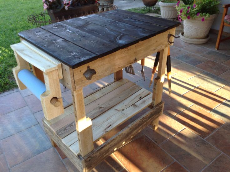 Bbq Side Table Made From Old Pallets In 2019 Outdoor