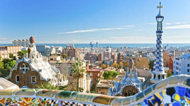 Quirliges Katalonien: Flitterwochen in Barcelona - freundin.de, 28. Februar 2014. Genießen Sie die ganz unterschiedlichen Einflüsse der Stadt in Ihren Flitterwochen in Barcelona. Um die szenige Metropole Kataloniens kennenzulernen, empfiehlt es sich, sowohl Kultur und Sehenswürdigkeiten anzugucken als auch das Strand- und Nachtleben zu genießen. Diese Kombination ist geradezu perfekt für Ihre Hochzeitsreise und eignet sich auch für kürzere Trips über ein Wochenende. #Katalonien
