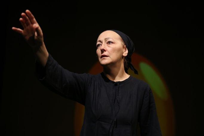 """""""20 de ani în Siberia"""", un tulburător monolog dramatic despre calvarul deportării, în premieră pe scena TNB"""
