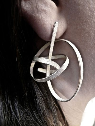 ute decker - sculptural earrings, eararchitectural rings, architectural jewellery, wearable sculptures, ear sculptures, jewellery by artists, statement jewellery, sustainable luxury, ethical jewellery, limited edition, art basel, masterpiece, pad, pavilion of art and design