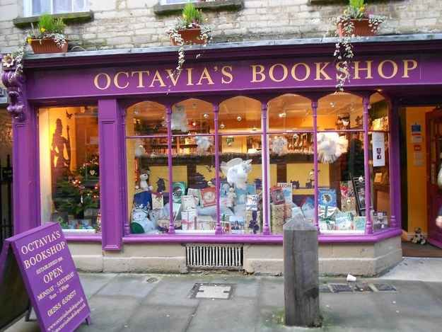 19 Magical Bookshops Every Book Lover Must Visit. Inspiration.