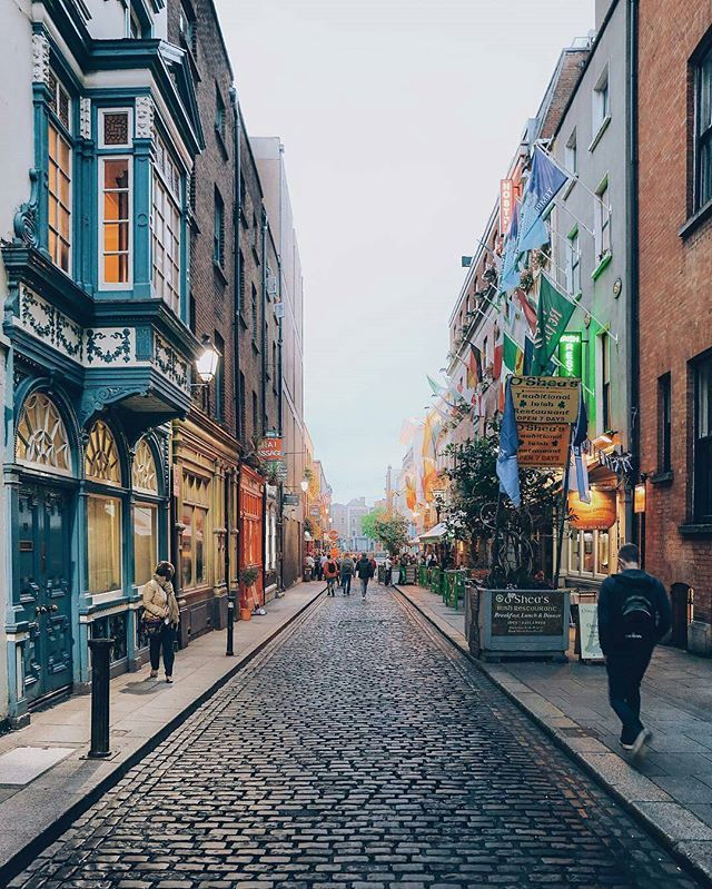 Welcome to Dublin, Ireland Photo by : @antppe  Share your favorite cities and include #cbviews ✔ Дублин , Ирландия . #Dublin #Ireland #Europe #autumn #goodmorning