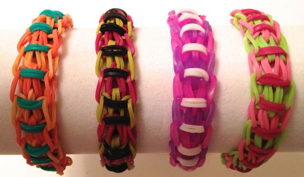 Braccialetti con elastici: come si fanno con il telaio