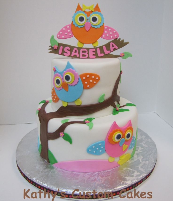 Children's Birthday Cakes - I copied this design from a cake made by Cakes with L.O.V.E. I just loved her owls and design. I created a different topper for it.