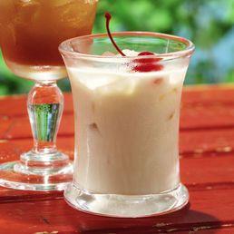 Colorado Bulldog {Vodka, Kahlua, Cream, & Cola}...THIS is my drink!