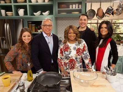 """The Kitchen-Food Network's new """"talk show"""" and I love it!"""