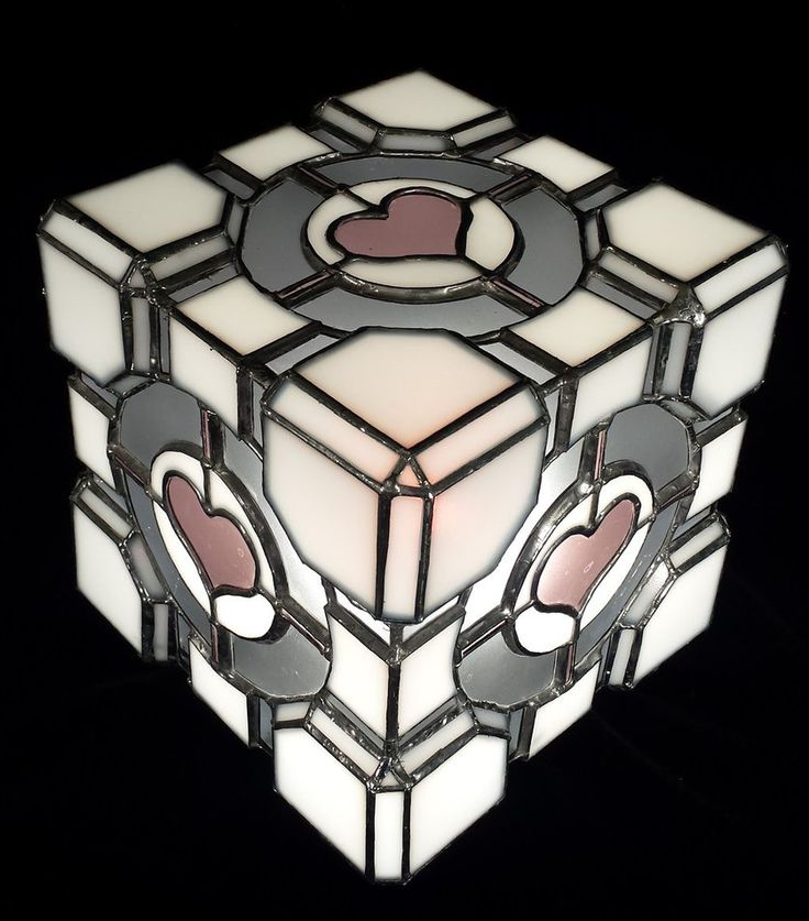 #CompanionCube stained glass lamp. I. WANT! #stainedglass #lamp