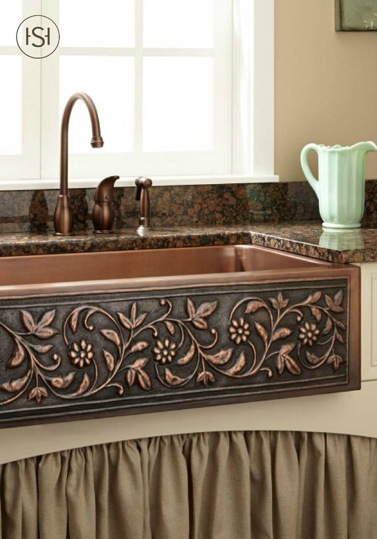 Add a touch of natural beauty to your kitchen with this copper farmhouse sink. Pair with a rustic kitchen faucet for a shabby chic style that will enhance your home.