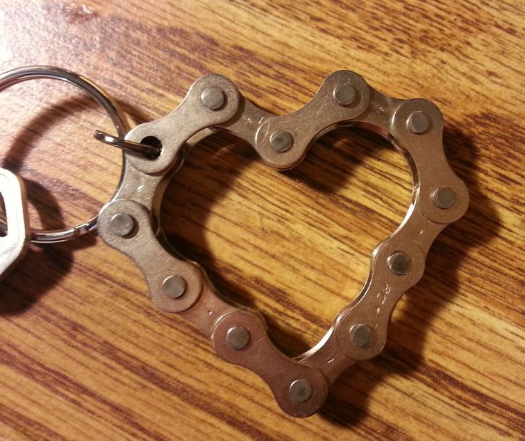UPCYCLED Bike Chain HEART Keychain - Be My Valentine. $22.00, via Etsy.