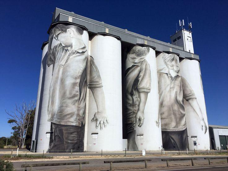 mural on grain silo, Coonalpyn, South Australia by photorealist artist Guido van Helten. GuidovanHelten.com