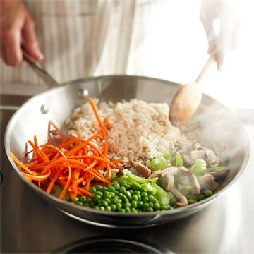 Make a delicious dinner from your favorite veggies with homemade stir fry. Find out how: http://www.bhg.com/recipes/how-to/cooking-basics/how-to-stir-fry/?socsrc=bhgpin040913howtostirfry