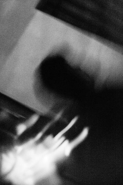 """""""De nuevo hay fuego, mas quema / Por poco hay frío, de pronto he muerto, he muerto.""""    La Plata. Argentina. MILESph  Artista: Milton Figueredo Miles"""