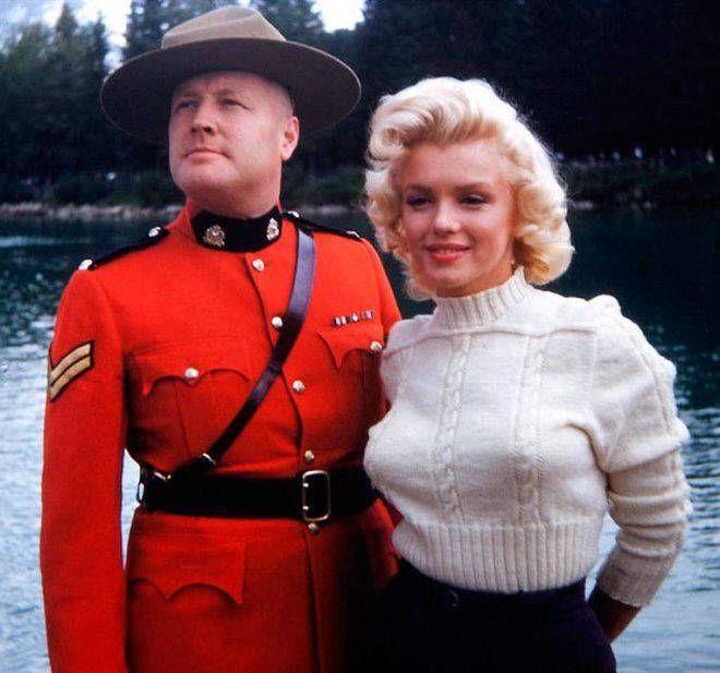 Marilyn with Royal Canadian Mounted Police - during filming of Niagara