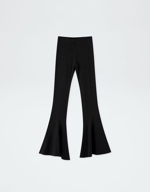 32c2025442 PULL AND BEAR BY ROSALIA. FLARED BLACK PANTS | GET THE LOOK in 2019 ...
