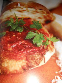 """Le Chef Pierre D'Iberville: Burger """"Poulet parmigiano"""""""