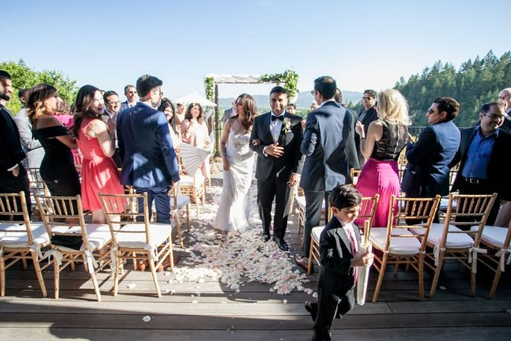Intimate Napa Valley Wedding at Auberge du Soleil | Sonoma County wedding venues outside (Clane Gessel Photography)
