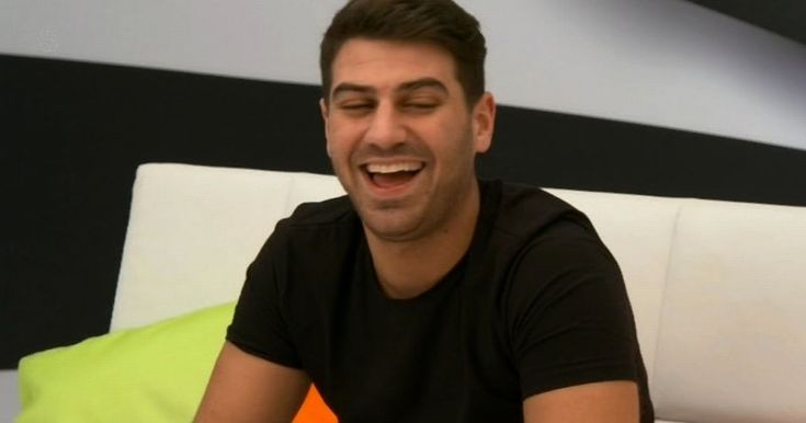 A real metaphor for all these reality 'stars' #sadwankers  EXPLICIT CONTENT: TOWIE star Jon Clark gets VERY graphic about his masturbation schedule on Channel 5's Celebrity Sex Pod