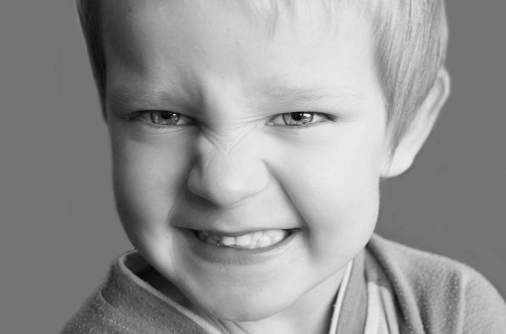 Aggressionen bei Kindern im Alter von 3 bis 6 Jahren - wenn ein Kind seine Eltern schlägt, tritt und beißt