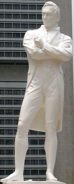 Statue of Sir Stamford Raffles, who founded modern Singapore